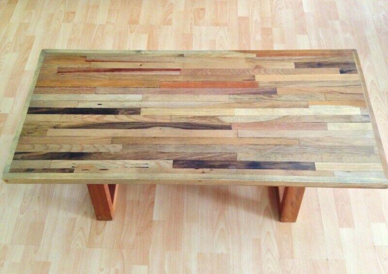 Mesa de centro y/o mesa de cafe de madera reciclada
