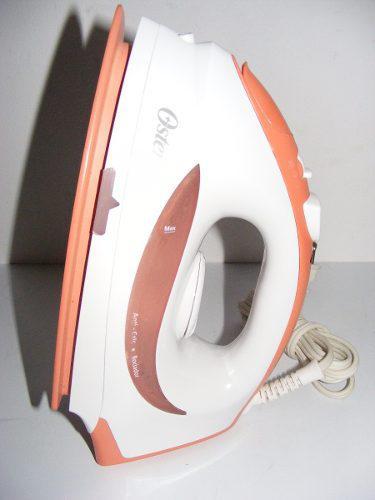 Plancha Oster De Vapor Modelo Gcstbs5854 Suela De Ceramica