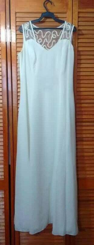Vendo Vestido de Novia y vestidos de noche