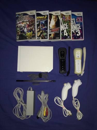 Wii Con Dos Controles Y Juegos