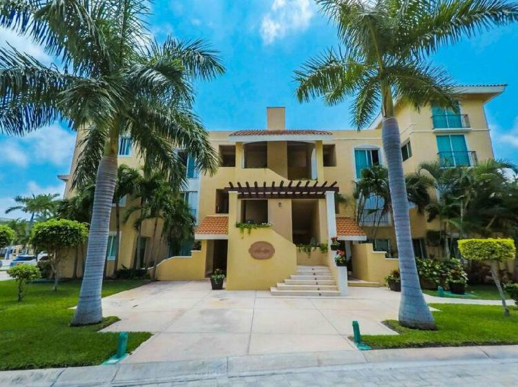 Departamento en venta en Isla Dorada Cancún /