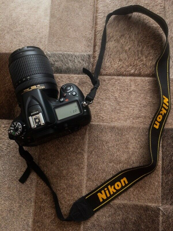 Camara Nikon D con Lente Nikkor  mm