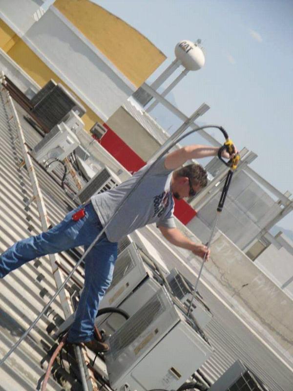 Limpieza y Mantenimiento de Minisplit y Climas. Instalación