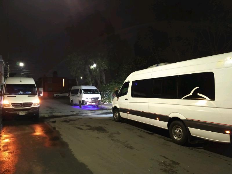 Renta de autobuses y camionetas con operador