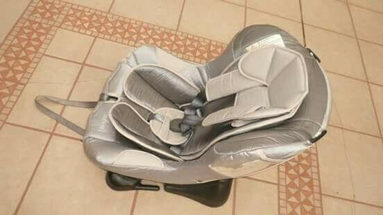 Bonito y Cómodo Asiento de Auto para Bebé