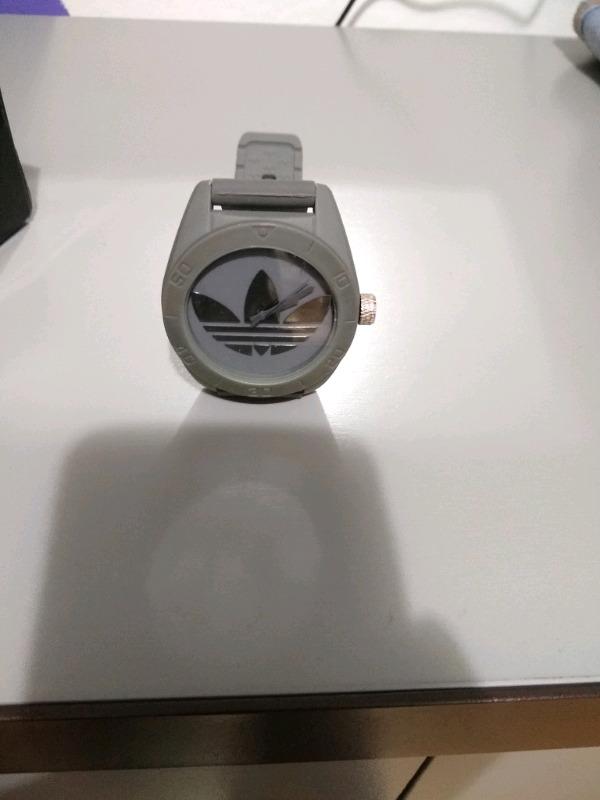 Reloj Adidas Originals gris