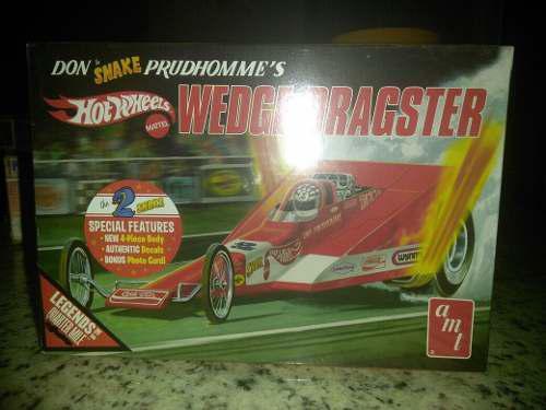 Hot Wheels Wedge Dragster Kit Escala 1:25.
