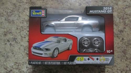 Kit Revell Mustang Gt 2014 Escala 1.25 Nuevo