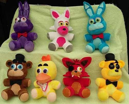 Five Nights At Freddy's Foxy Freddy Chica Bonnie Mangle Gold
