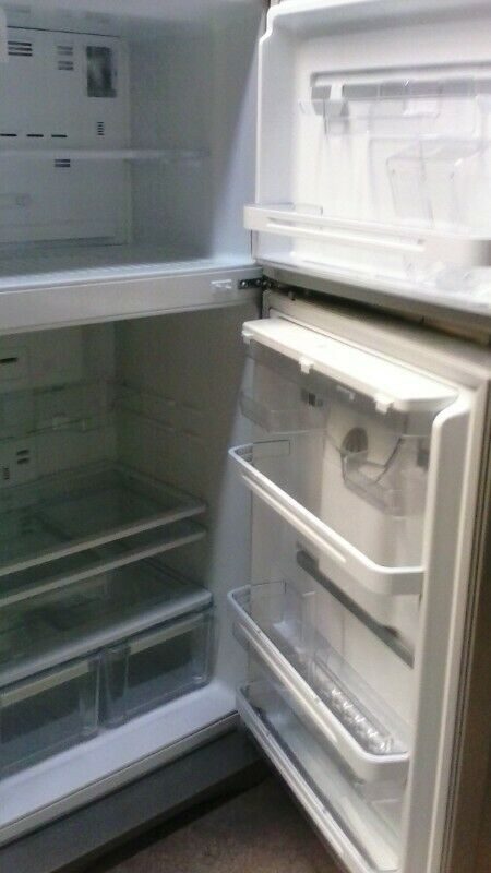 Reparación de refrigeradores y aire acondicionado