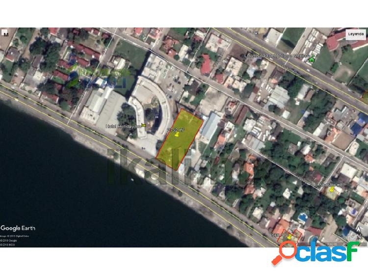 Renta Terreno 2,752 m² frente al río Tuxpan Veracruz, Del