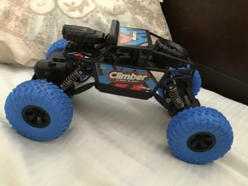 Carrito juguete 4x4 con camara