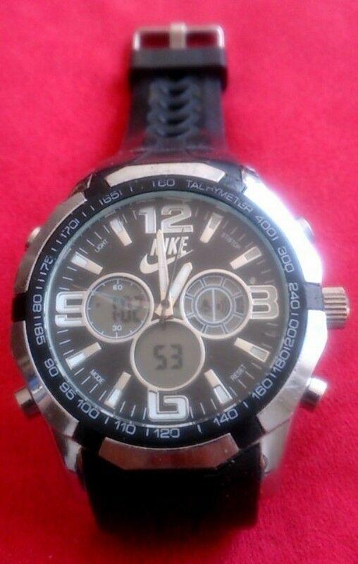 Reloj Nike Tachymeter Cronografo Original con Cristal Roto