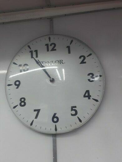 Reloj de pared TAYLOR