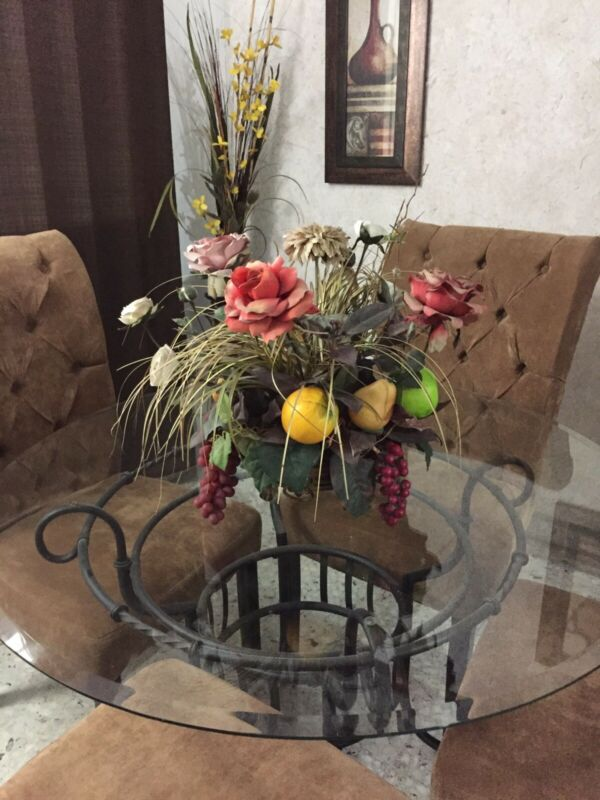 Arreglo Floral y frutal para comedor