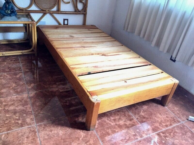 Base de Madera Reforzada, Cama Individual!! tengo 2 camas en