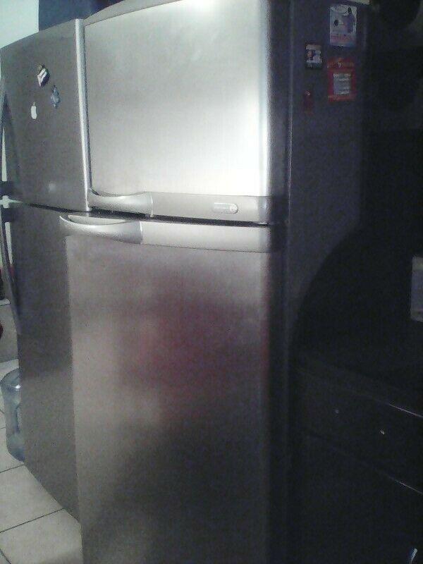 Refrigerador G&E en buen estado