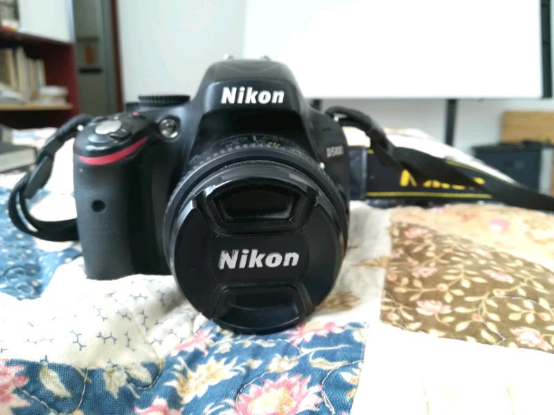 Camara Nikon D, precio a tratar
