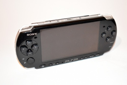 Psp Slim Negro Modelo gb Sony Portatil Recarga Juegos