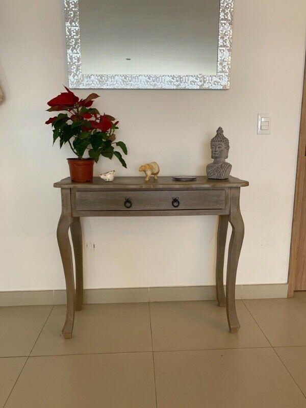 Vendo mesa vintage de pasillo