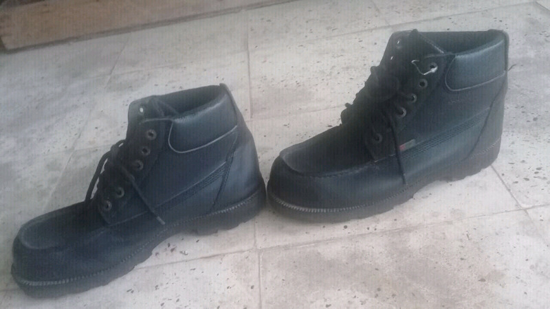 Botas de leñador negras