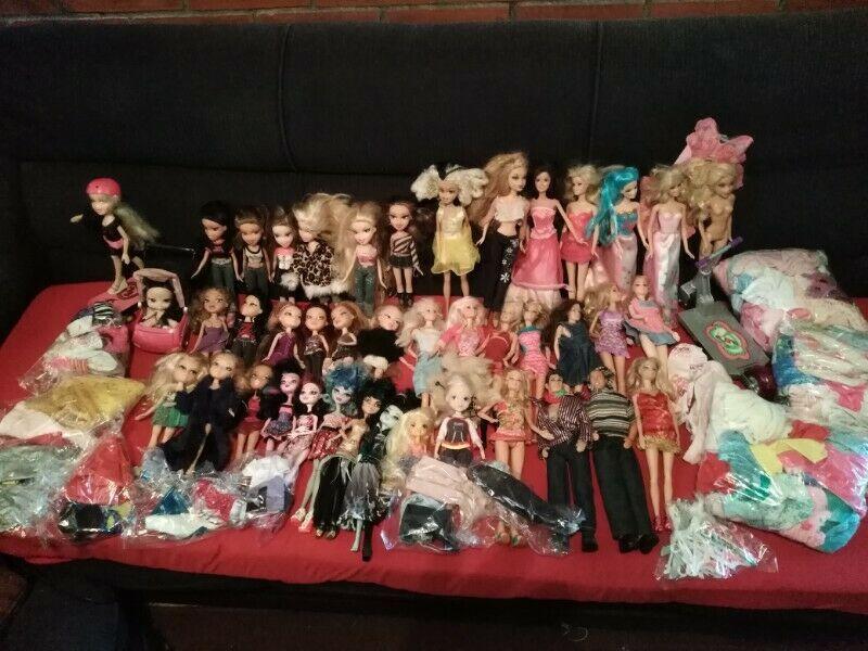 muñecas barbie,bratz y monster higt