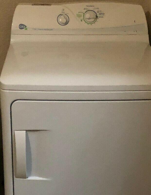 Vendo secadora con capacidad de 16 kg