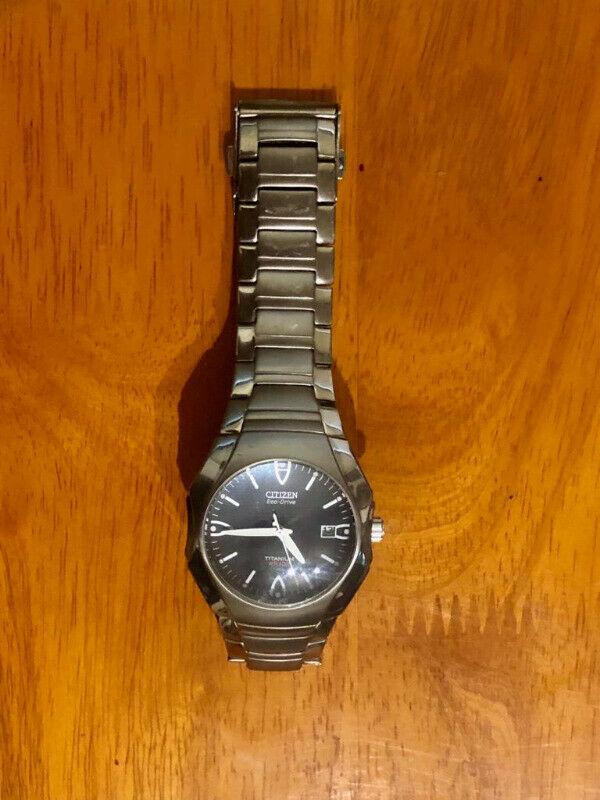reloj de pulso timex titanium