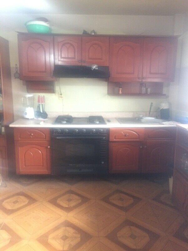 Cocina integral incluye estufa y refrigerador