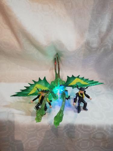 Muñeco Chimuelo Dragón De Dos Cabezas Con Luz Y 2 Muñecos