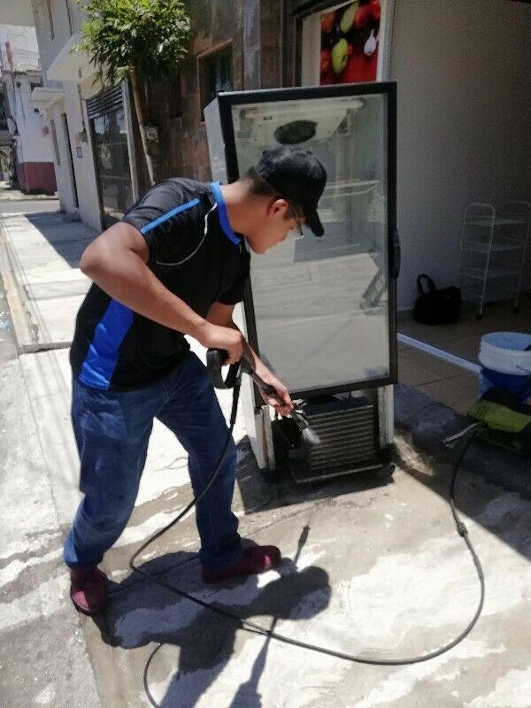 Técnico Reparación de Refrigeradores, Neveras. Servicios