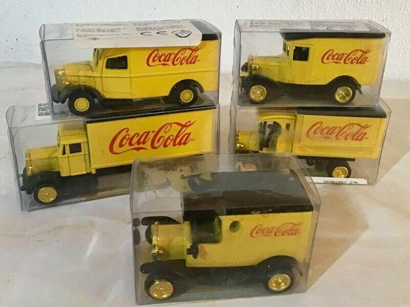 Colección de camioncitos de Coca Cola