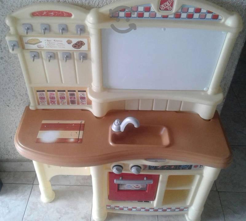 Cocinita infantil en buen estado!!remate!!urge!!