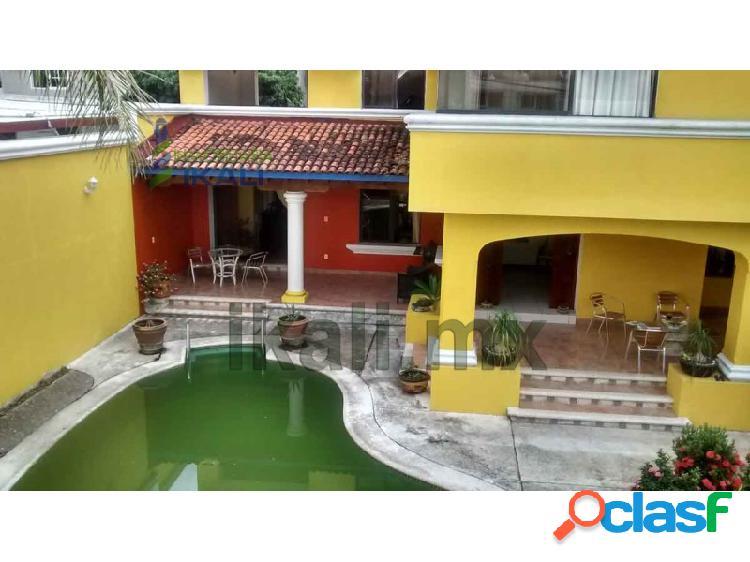 Casa amueblada 3 pisos Renta Jardines Tuxpan Veracruz,
