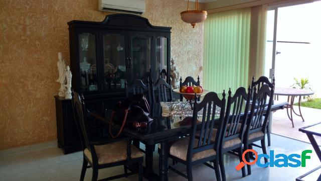 Casa sola residencial en renta en Fraccionamiento Costa de