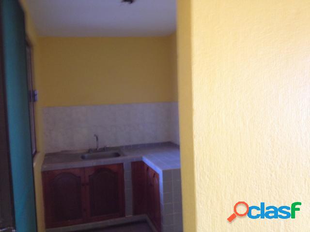 Casa sola residencial en renta en Fraccionamiento La