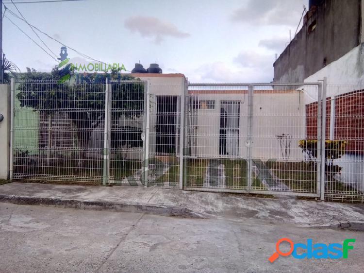 Venta Casa 3 Recamaras Colonia Kawuatzin Coatzintla
