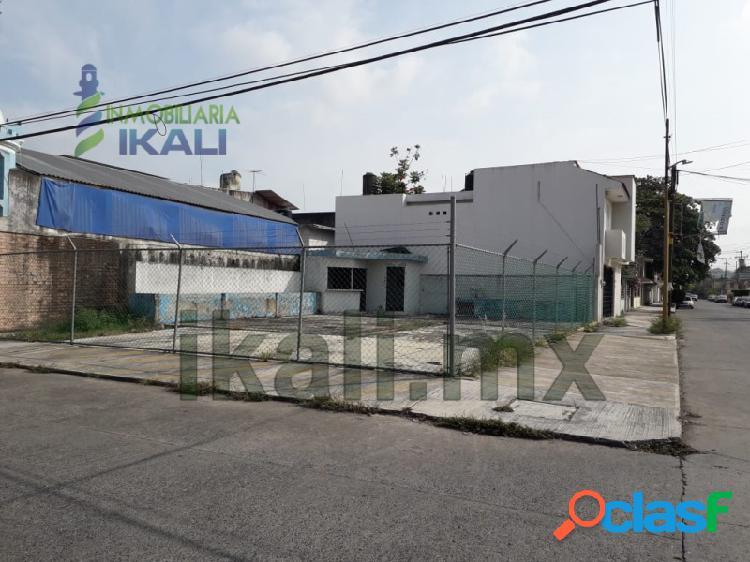 Venta Terreno 234 m² en esquina Col. Cazones Poza Rica
