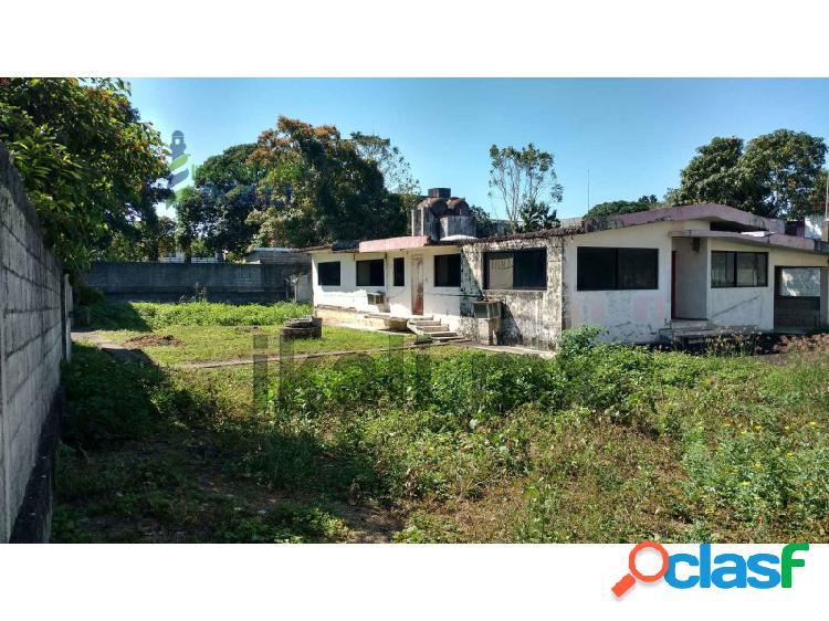 Venta terreno 2560 m² con casa 3 rec. col. Zapote Gordo