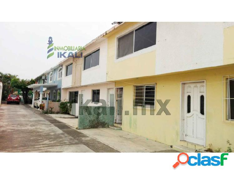 casa en venta 3 recs col Ampliación Palmas Poza Rica Ver,