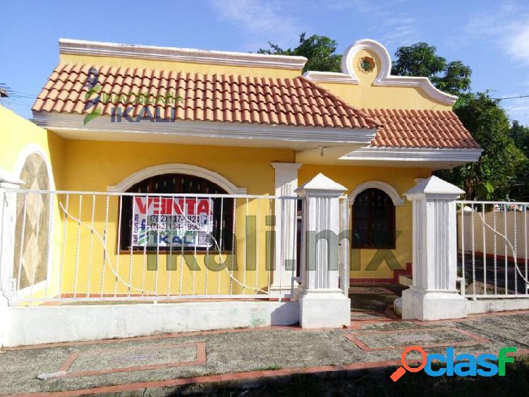 casa venta un piso 3 rec. col. Anahuac Poza Rica Veracruz,