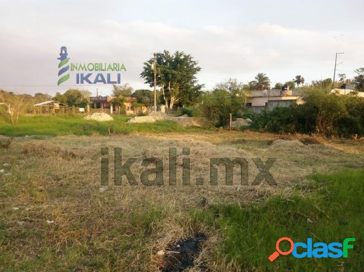 terreno de 300 m² en colonia Las Granjas de Tuxpan,