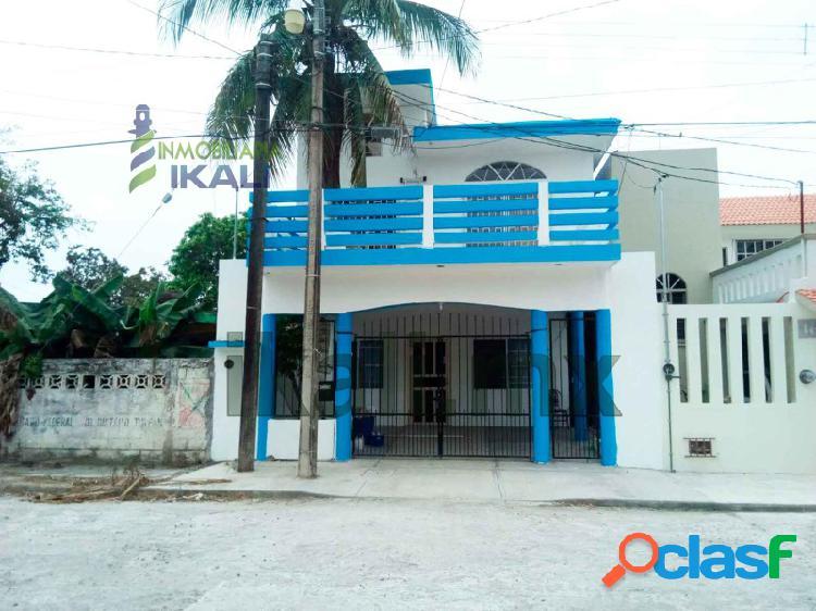 venta casa grande 2 pisos Tuxpan Veracruz 4 recámaras, Ruiz