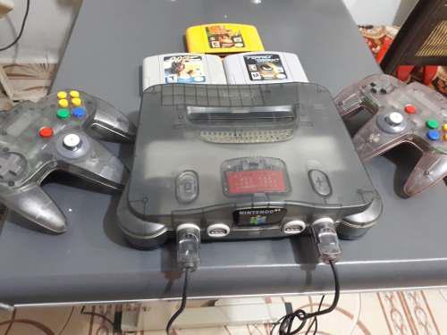 Nintendo 64 Edición Humo. 2 Controles Y 3 Juegos