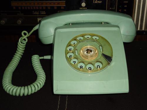 Antiguo Telefono De Disco Color Verde Años 70s