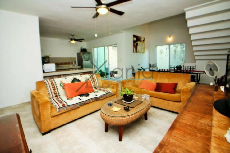 Casa y Estudio Ideal para Negocio en Cancún Fonatur / House