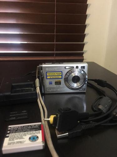 Camara Digital Sony Cybershot 7.2 Megapixeles