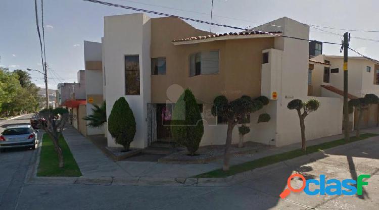 Casa sola en renta en Loma Verde, San Luis Potosí, San Luis