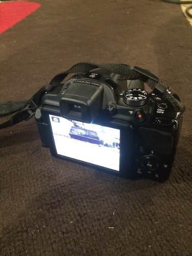 Cámara Digital Nikon P520