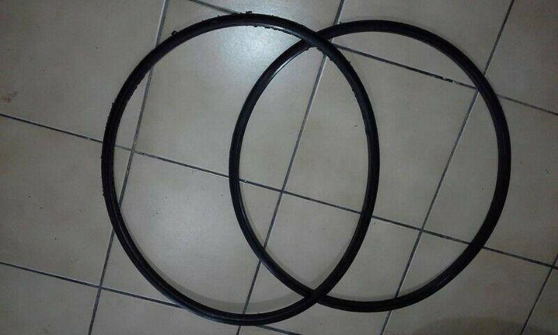 Llantas para silla de ruedas (hule para llanta trasera)
